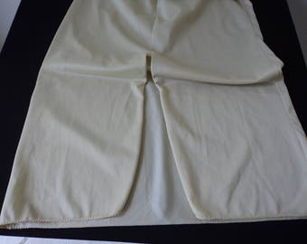 French Vintage Miss Helen Paris pale gold nylon waist underskirt / petticoat (04780)