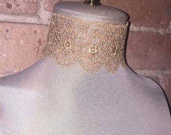 Tan lace choker necklace