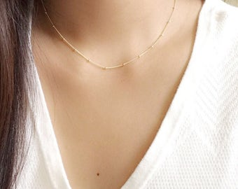 Dainty beaded necklace / satellite necklace / simple layering necklace / station necklace