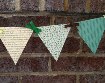 Wind in the Willows Paper Pennant Banner / Book Page Decor / Party / Baby Shower Decoration / Gender Neutral / Bunting / Garland