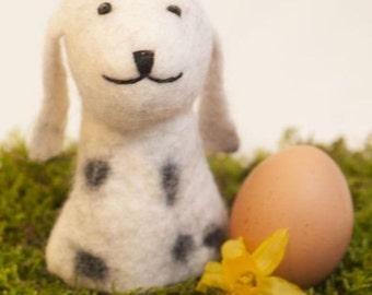dog Felt Eggwarmer designed in Germany, handcrafted from Nepal