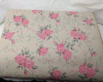Vintage Wallpaper Roll Pink Rose Pattern