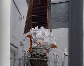 Canvas 24x36; Kepler Space Telescope