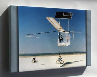 Canvas 16x24; Gossamer Pinguin Solar Plane 1979