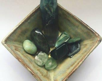 Ceramic Bowl, Ceramic Dish, Gemstone Display, Housewarming Gift, Decorative Bowl, Square Bowl, Crystal Bowl, Rustic Pottery, Pottery Gifts.