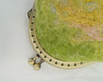 Green wool felt purse felt bag coin purse jewellery money purse small bag made from Australian Merino Wool Gifts Birthday Green Yellow 11721