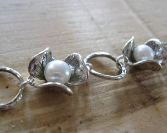 """Vtg Sterling Silver """"Forget Me Not"""" Garland of Posy & Pearl Toggle Bracelet 7"""""""