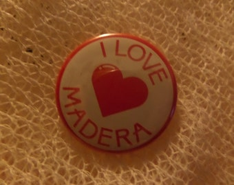 Vintage I love Heart Colorado Hawaii Nevada NY New York Madera City State buttons or pins