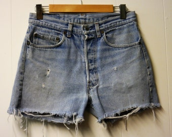 Distressed Levi High Waisted denim shorts