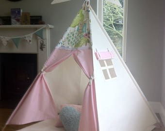 Children's Teepee play tent with Owl Topper and Pink doors. All wooden poles included!
