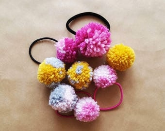 Pom Pom Hair Band
