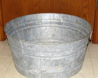 NICE Galvanized 23 in Wash Tub Great Beer Ice Chest Rustic Wedding Outdoor Planter