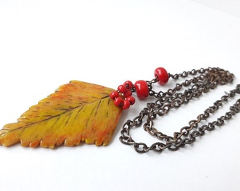 Yellow autumn leaves pendant necklace polymer clay jewelry fall colors Yellow birch leaf necklace leaf autumn pendant women jewelry for her