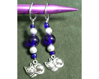 Knitting Stitch Markers, Pattern Stitch Dividers, Cobalt Blue Beaded Kitty Knit Markers, Knitting Tools, Cable Pattern Separators, Snag Free