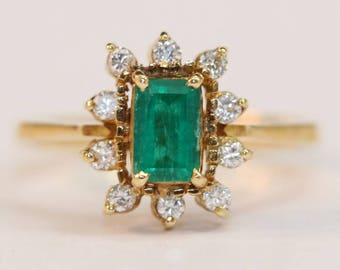 18K Yellow Gold Emerald and Diamond Ring Size 6 - May Birthstone