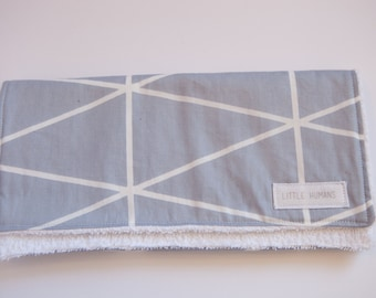 Maurve Grid Burp Cloth