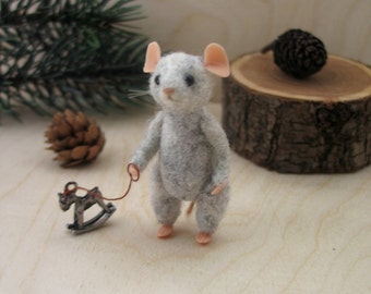 mouse  miniature needle felting