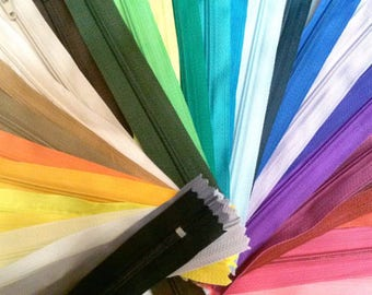 25 Nylon Zippers 20 Inches Coil #3 Closed Bottom Assorted Colors