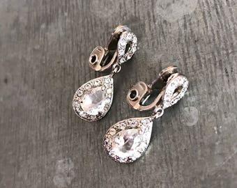 Vintage signed monet diamante earrings, rhinestone earrings, vintage earrings, vintage bridal,  dangle earrings, crystal earrings, silver,