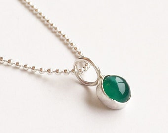GREEN AGATE NECKLACE  - 6mm Charm Pendant, Sterling Silver Emerald Green Gemstone Pendant with Chain