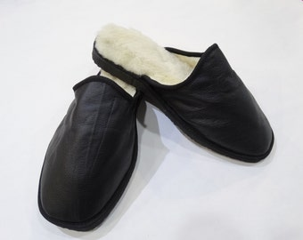 Men Slippers,Valentines gift,Leather Slippers,Handmade Slippers,Black Slippers,Fur Slippers,Warm Slippers,Black Leather,Real Fur SlipperF448