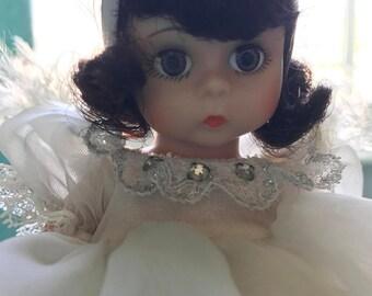 Madame Alexander Snow White