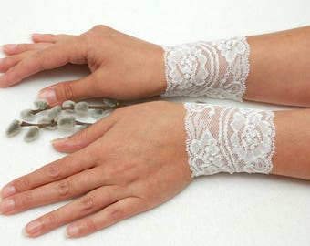 Wedding Cuffs Bride Bracelet Lace bracelets Lace cuff White wedding bracelet cuff bracelet Lace wrist cuff Elegant bracelet gift for bride