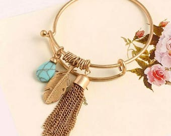 Beautiful Gold Turquoise Leaf and Tassel Wire Expandable Bracelet!