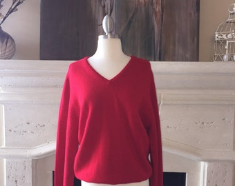 Lord & Taylor by Alan Paine ~ Red Lambswool Men's Sweater ~ Size L