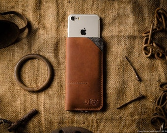 Leather iPhone 7 case, wallet with cardholder. iPhone 7 plus wallet, sleeve. Wool felt and crazy horse orange leather. Vintage style.
