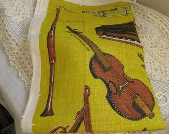 Vintage Linen Kitchen Tea Towel~~Leslie Lindsey Mason Collection of Musical Instruments~~Museum of Fine Arts ~~Mid Century Linen Tea Towel
