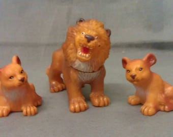 Tan Lion with Cubs Figurines