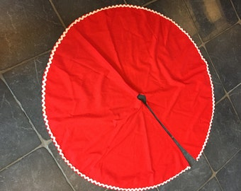 Vintage Red Tree Skirt--SHIPS FREE!