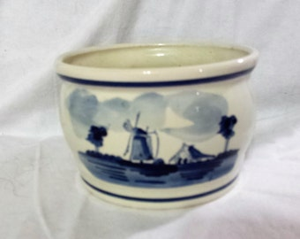 Delft Blue flat bottomed pottery bowl, Delfts Blauw, Made in Holland, planting dish