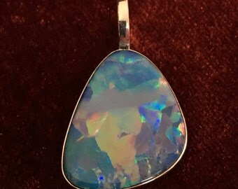 Opal Pendant 12.5ct High Quality Boulder Opal Doublet Red Orange Multicolor Fire Minimalistically Set 925 Sterling Silver Free Shipping