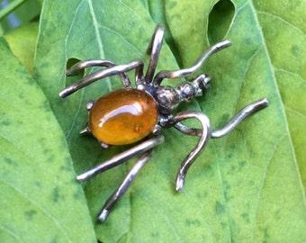VENTE *** Vintage fait à la main Sterling ambre araignée broche HALLOWEEN FUN !