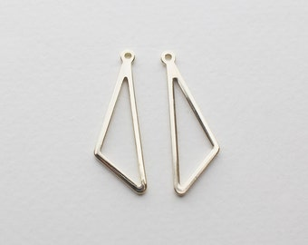 P0579/Anti-tarnished Gold Plating Over Brass/Dangle Line Triangle Pendant/11x28mm/4pcs