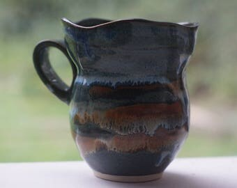 Floating Blue Wavy Mug