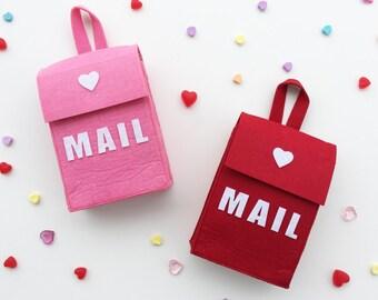 Darling Felt Mailbox