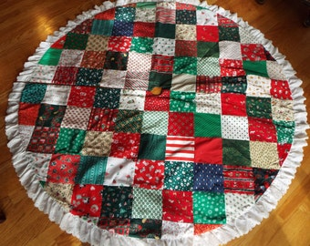 "64"" round made in USA handmade quilt Christmas tree skirt ruffle lace edge"