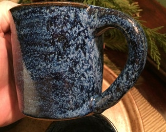 Handmade ceramic pottery mugs blue snowy drinking party ocean waves 10 oz kitchenware