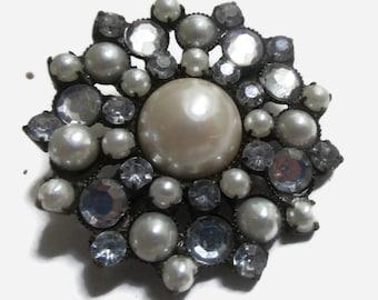 Pearl  Brooch, Vintage Rhinestone Pin,1940s-1950s, Copper, Tone, Bridal, Mid Century Jewelry