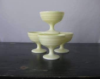 Hazel Atlas Moderntone Pastel Yellow Sherbet Dishes (set of 4) / Hazel Atlas Footed Pedestal Dessert Cups Moderntone Platonite / Atlas Cups