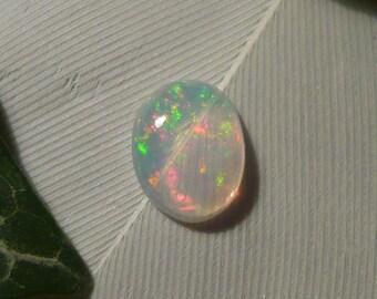 Opal Cabochon, 0.3ct Welo Opal