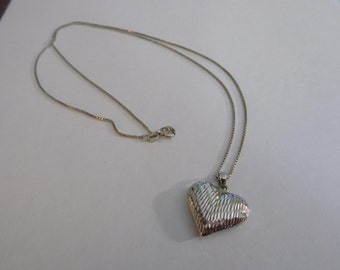 Diamond cut sterling silver heart pendant with sterling necklace