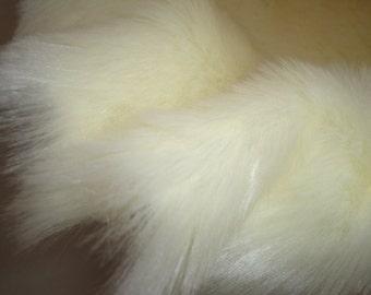 "Photo Prop Champagne Faux Fur, Fabric, Basket Stuffer, Basket Filler, 20"" x 20"", 50cm x 50cm"