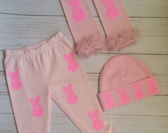 Baby Girl Clothes/Easter Bunny/Baby Bunny Pants/Bunny Leg Warmers/Bunny Hat/Newborn/Baby Girl/Pictures/Easter Picture Outfit