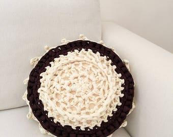 Round cushion cream and chocolate