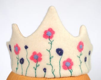 Pink floral birthday wool crown , Waldorf crown , felted birthday crown , crown with flowers , fairy felt crown