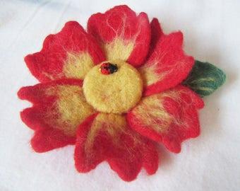 Felted primrose brooch, felted flower corsage pin brooch, felted large flower brooch primrose, felt brooch large red primrose, felt flower
